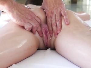 Bikini Teen Has A Perfect Body For Erotic Massage