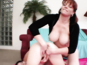 Naked Teen Spreads Her Legs As A Milf Eats Her Pussy